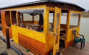 Hausboot Umbau seitlich