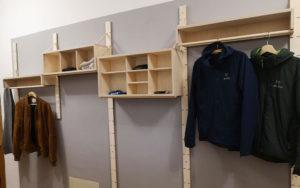 Fertige Garderobe aus Multiplex